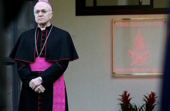 S.E.R Carlo Maria Viganò (Foto: La Croix Internacional)
