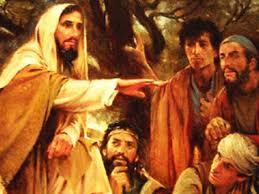 El que me ama guardará mi palabra, y mi Padre lo amará, y vendremos a él y haremos morada en él. El que no me ama no guardará mis palabras. Y la palabra que estáis oyendo no es mía, sino del Padre.