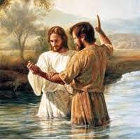 Se abrió el cielo y vio que el Espíritu de Dios bajaba como una paloma y se posaba sobre Él. Y vino una voz del cielo que decía: Este es mi hijo, el amado, mi predilecto